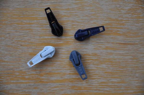 YKK Schieber für Reißverschluss Meterware - 6mm Spirale - schwarz